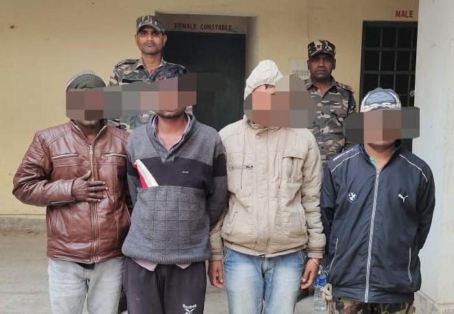 स्कार्पियो जलाने के मामले में पुलिस ने चार लोंगो को भेजा जेल