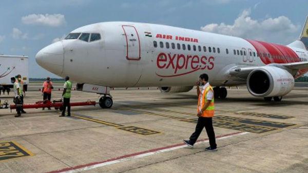 दिल्ली एयरपोर्ट पर ब्रिटेन से आईं चार उड़ानों के 11 यात्री कोरोना वायरस से संक्रमित
